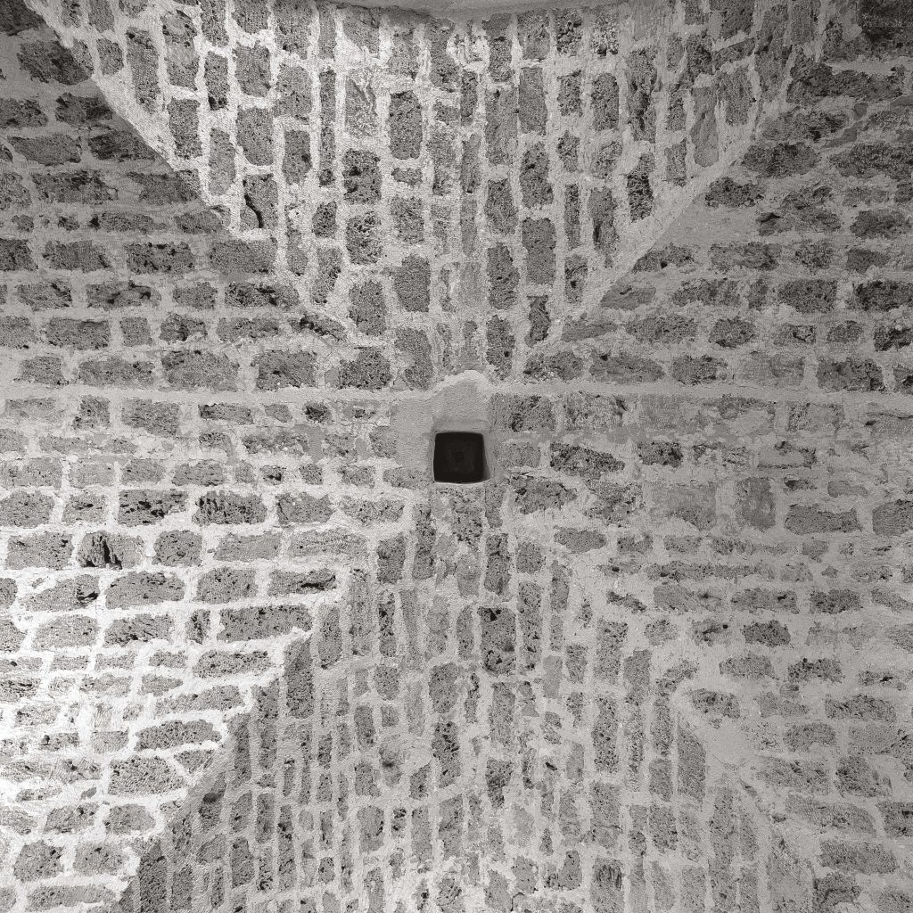 RENAISSANCE VAULT, Rupe Granary, January 1990