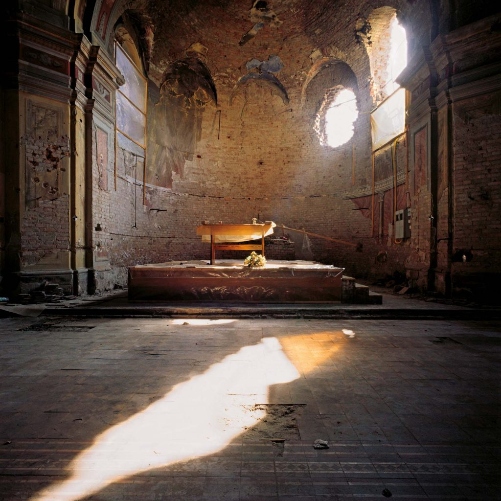 IMPROVISED ALTAR, THE CHURCH OF ST. PHILLIP AND JACOB, VUKOVAR, OCTOBER 1998