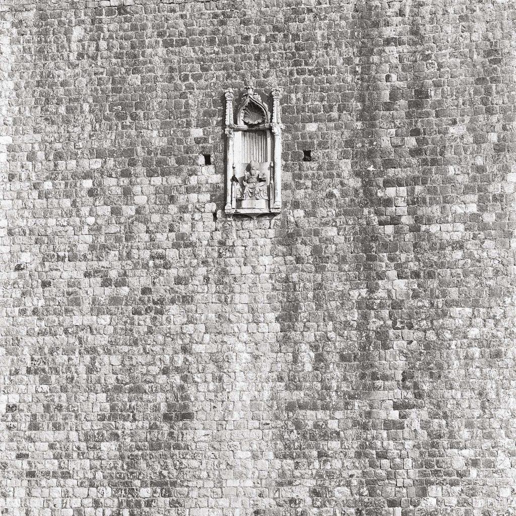 SV. VLAHO, na zidinama, lipanj 1989.