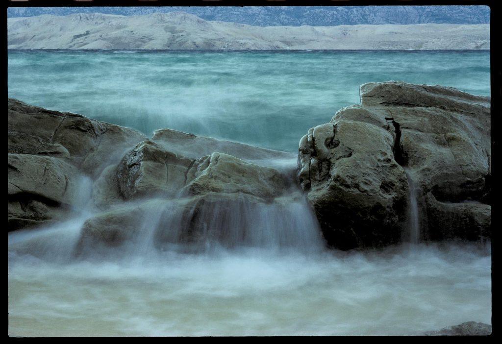Jedan sasvim mokar i slan obalni suton II